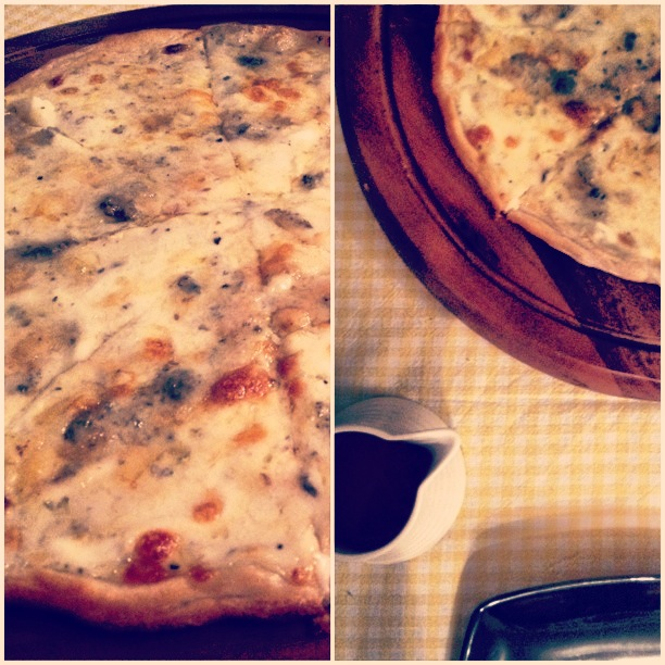 Four cheese pizza recipe, quattro formaggi pizza recipe