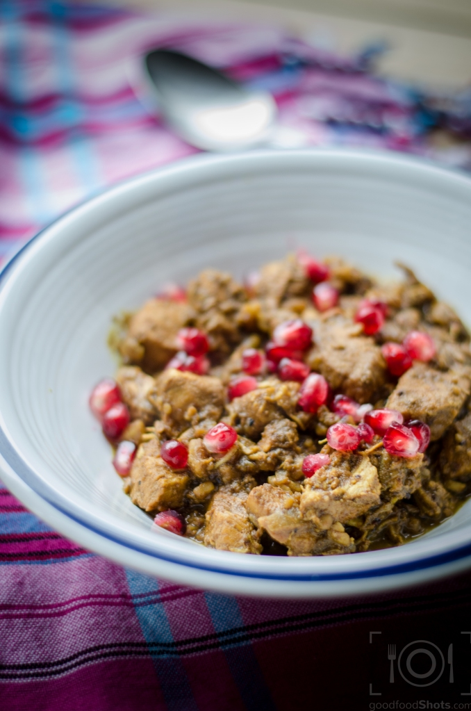 walnut and pomegranate stew with chicken recipe