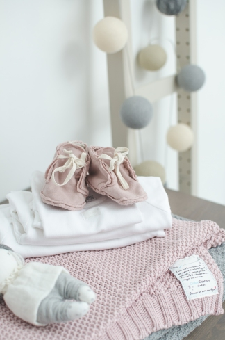 Gray Label Booties and Color Stories Pink blanket